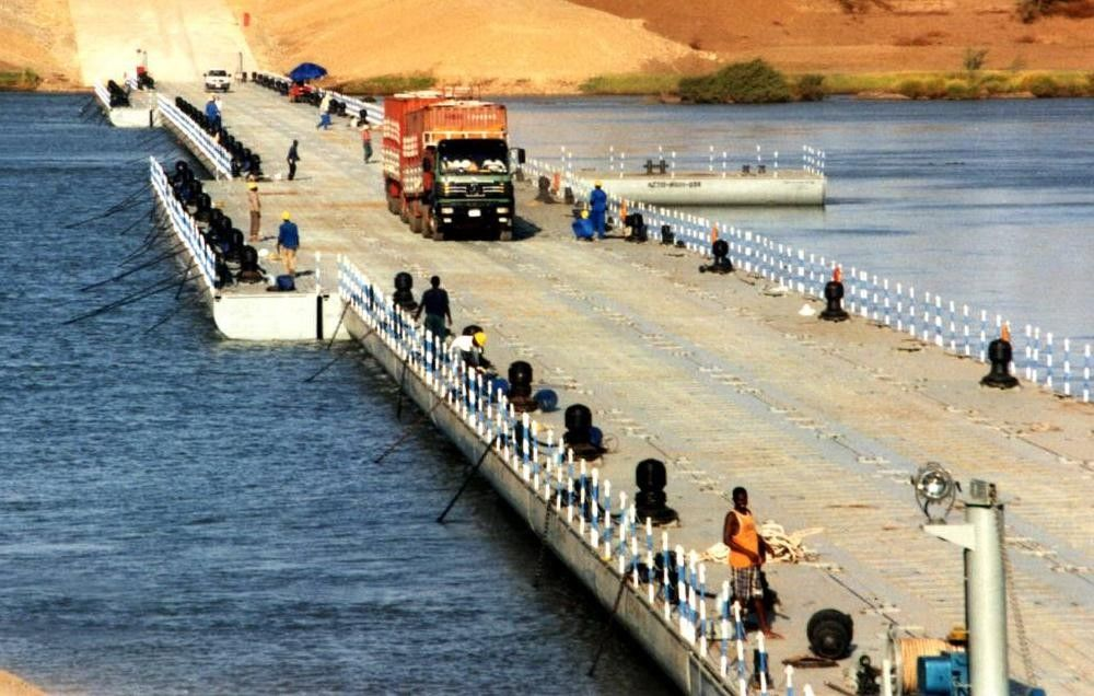 Heavy Loading Capacity Floating Water Bridge With Single Pontoon